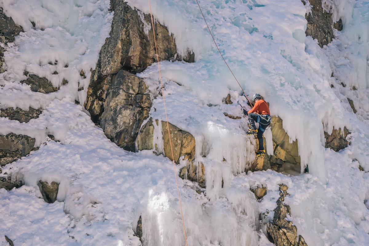 Ouray Colorado ice climbing adventure trip-31
