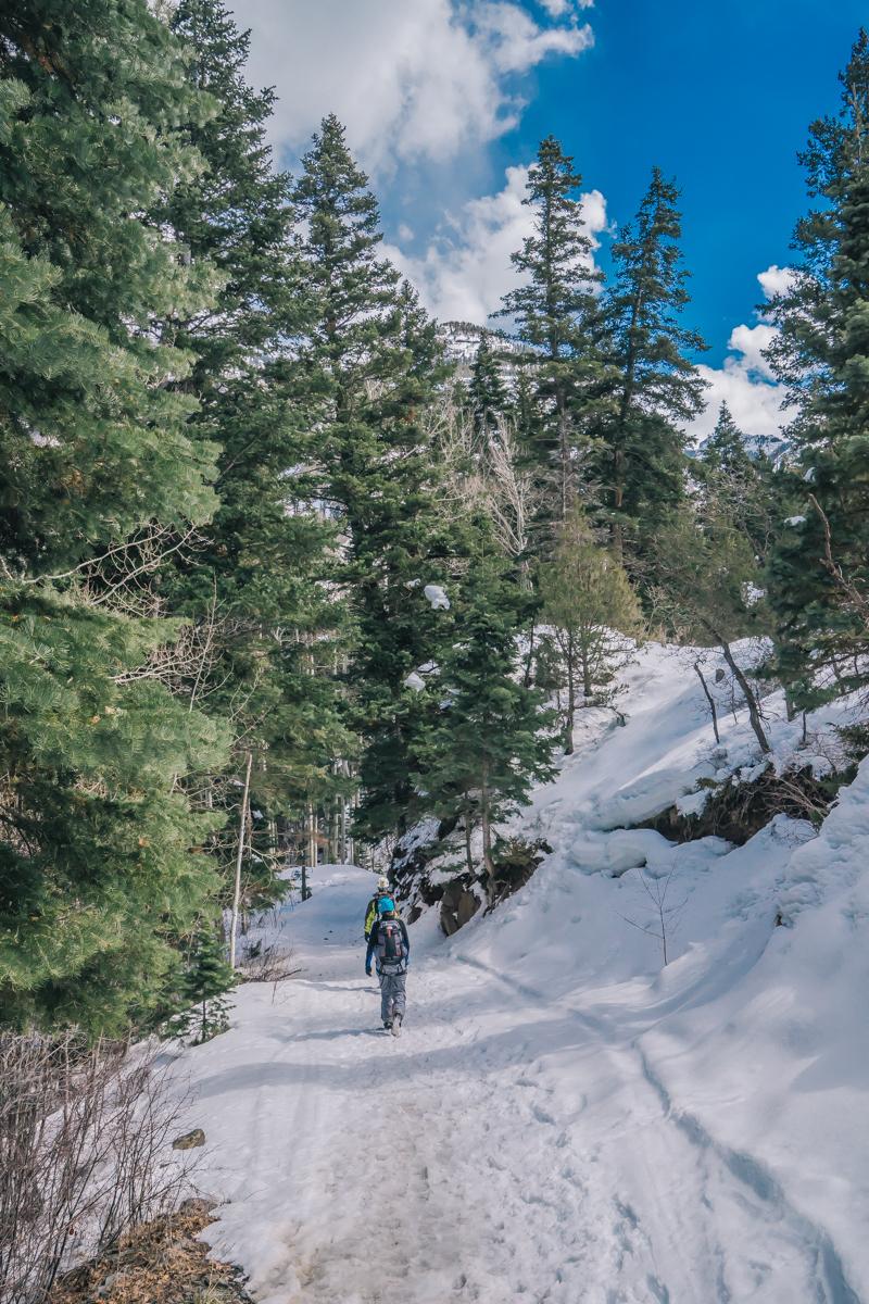Ouray Colorado ice climbing adventure trip-39